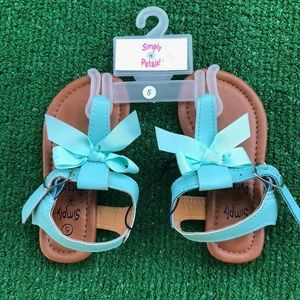 """NWT"" Sandals sz.5(toddler girls) turquoise color!"